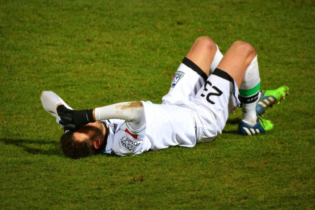 Sportverletzungen können in verschiedenen Ausprägungen vorkommen